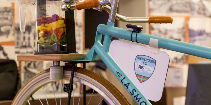 La Smoocyclette aux couleurs de l'Aviron Bayonnais